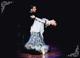 本場英国仕込みのダンス、貴方も体験してみませんか?